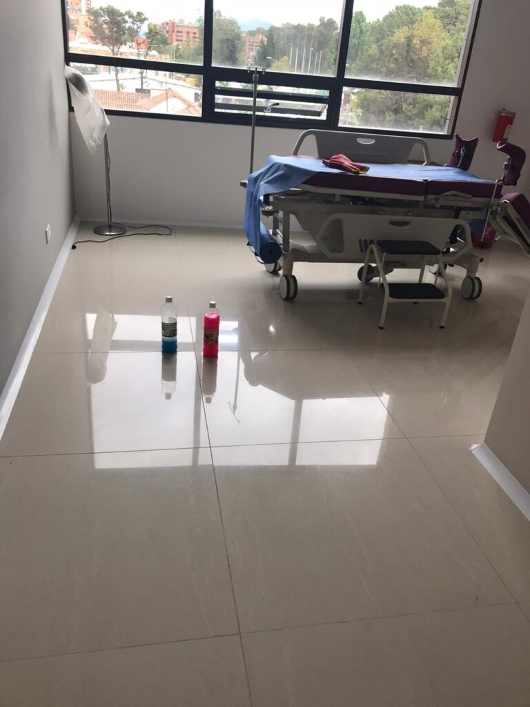 Induservin All Cleaning Desmanchador de porcelanato